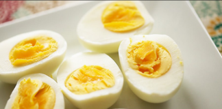 Low cholesterol egg preparation
